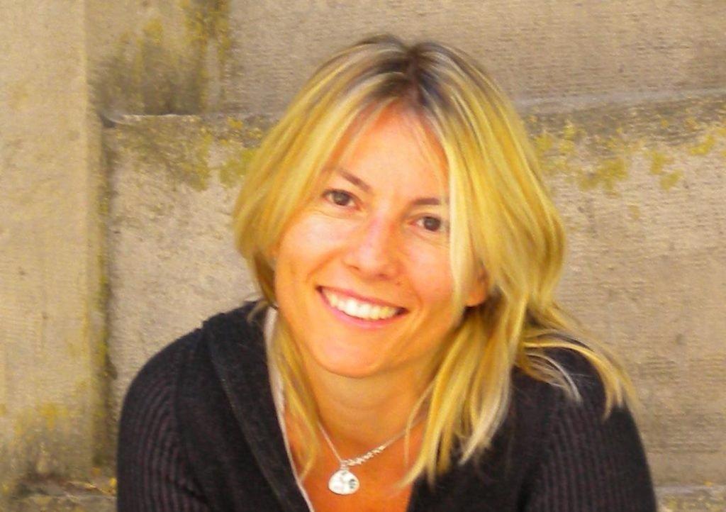 Lo sviluppo della trama online: seminario con Sara Rattaro
